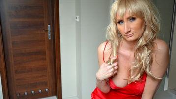 Viickyy's hot webcam show – Mature Woman on Jasmin