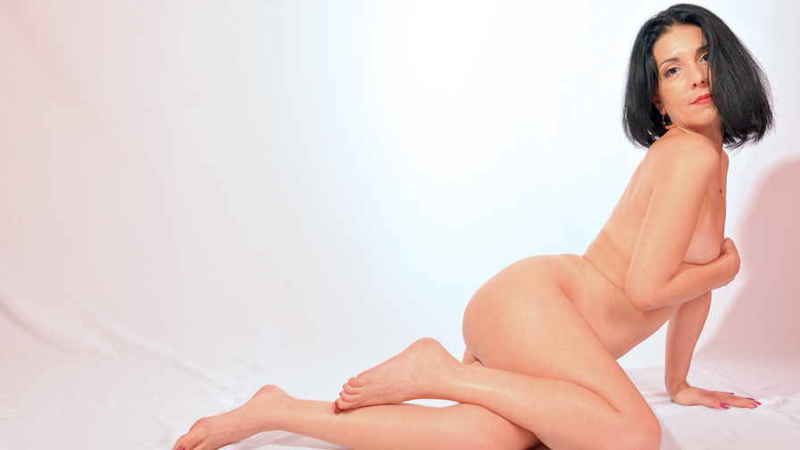 orhide's profile picture – Mature Woman on LiveJasmin