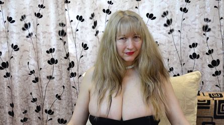 LadyMonnique's profile picture – Mature Woman on LiveJasmin