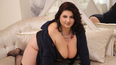 BustyPenellope's profile picture – Mature Woman on LiveJasmin