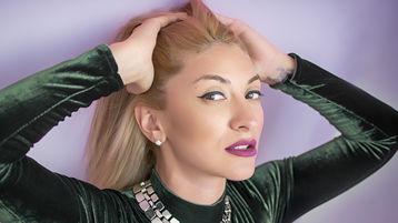 Sexy show su webcam di GloriaDevine – Ragazze su Jasmin