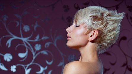 HotBlondeUWant's profile picture – Girl on LiveJasmin