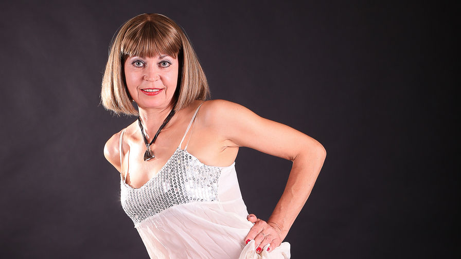 AdultRitax's profile picture – Mature Woman on LiveJasmin