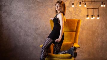 Show di sesso su webcam con MiaFoxxy – Ragazze su Jasmin