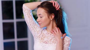 Show di sesso su webcam con Hilaryyyy – Hot Flirt su Jasmin