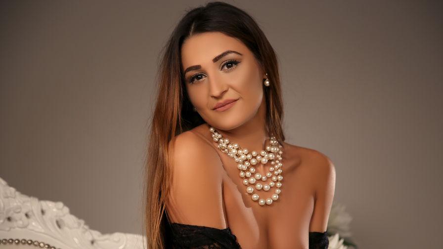 AttractiveElise's Profilbild – Mädchen auf LiveJasmin