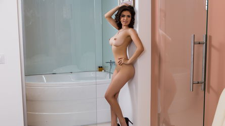 EmyTits's profile picture – Girl on LiveJasmin