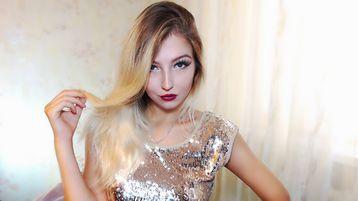 Show fierbinte la webcam PinkyMoly  – Suflet pereche pe Jasmin