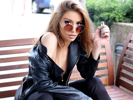 LeylaLoves