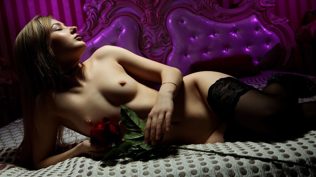 AnabelleQuinn's hot webcam show – Girl on LiveJasmin