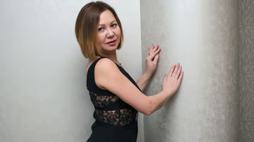 LadyMiraclle's hot webcam show – Mature Woman on Jasmin