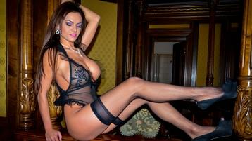 Show di sesso su webcam con sophiejewel – Ragazze su Jasmin