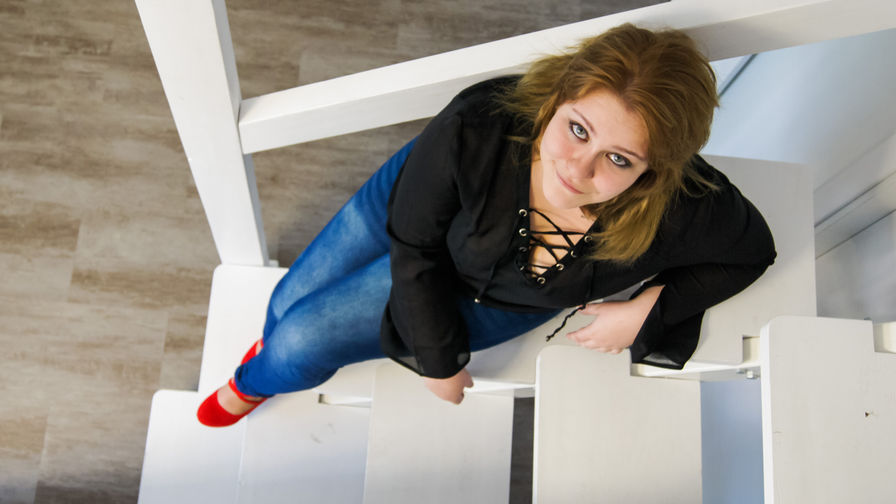 BLONDEmiley's profile picture – Hot Flirt on LiveJasmin