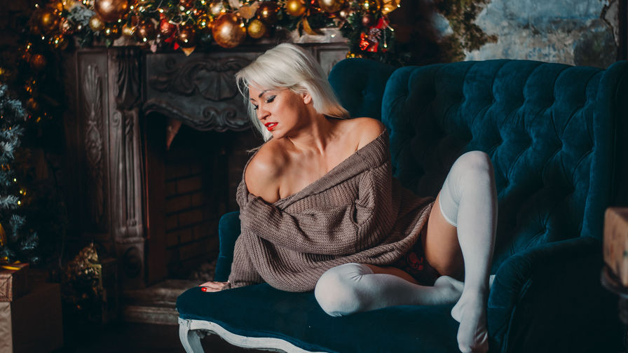 BeatriceWhite's profile picture – Mature Woman on LiveJasmin