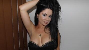 Show fierbinte la webcam alionaPrudent  – Fata pe Jasmin