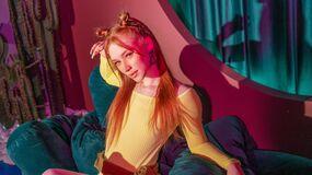 AlinaRoberts's hot webcam show – Hot Flirt on LiveJasmin
