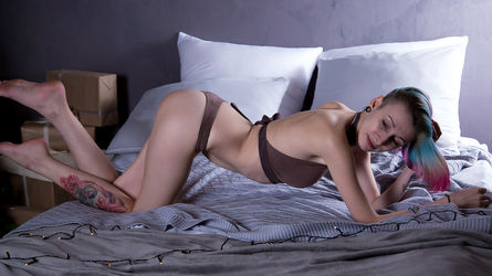 RainbowEmma's profile picture – Girl on LiveJasmin