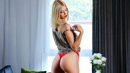 NatashaBlondie