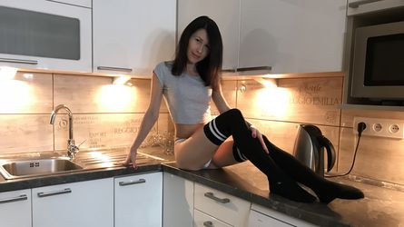BrunetteRia06's profile picture – Girl on LiveJasmin