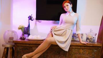Show quente na webcam de RedfoxyBrisk – Meninas em Jasmin