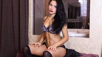 Emiralda's hete webcam show – Meisjes op Jasmin