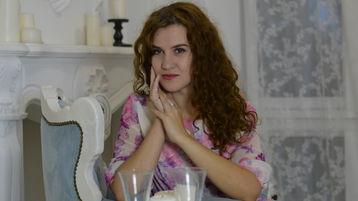 LucyRobyn のホットなウェブカムショー – Jasminのソウルメイト