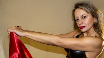 Show fierbinte la webcam RebeccaAspiring  – Femeie Matura pe Jasmin