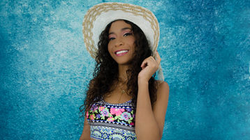 MirandaPaz's hot webcam show – Girl on Jasmin