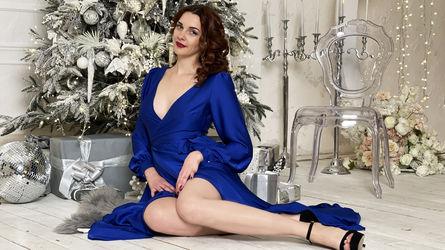 AmynaMelton