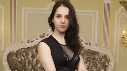 ElizabethBi