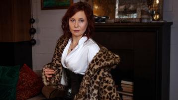 BestLuvTrap's hot webcam show – Mature Woman on Jasmin