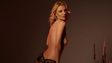 PleasingLillian's profile picture – Mature Woman on LiveJasmin