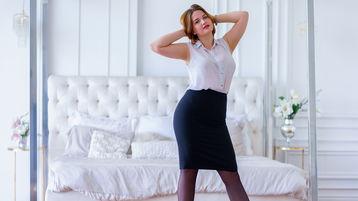 Show-ul fierbinte al lui RedheadEva – Fata pe Jasmin