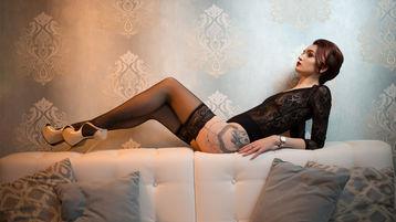 Show di sesso su webcam con XennaTess – Ragazze su Jasmin