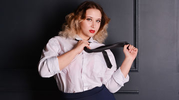 KirraTorrids hete nettkamera show – Het flirt på Jasmin