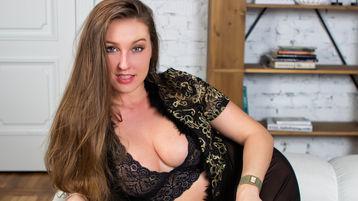 HottyBrilliant show caliente en cámara web – Chicas en Jasmin