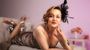 LadyJosette sexy webcam show – Staršia Žena na Jasmin