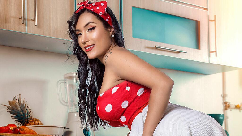 AliceMeyer's hot webcam show – Girl on LiveJasmin