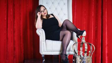 Show-ul fierbinte al lui MargotBosomy – Fata pe Jasmin
