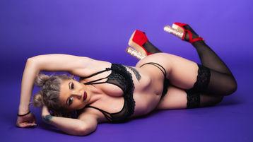 Show di sesso su webcam con AlanaHeart – Donna su Jasmin