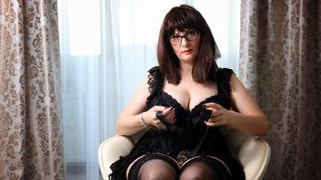 JolieSimonne's hot webcam show – Mature Woman on Jasmin