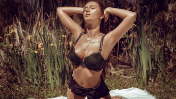 Show di sesso su webcam con JessicaAideen – Ragazze su Jasmin