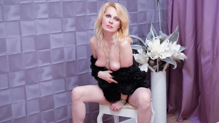 DesireedGoldd's profile picture – Mature Woman on LiveJasmin