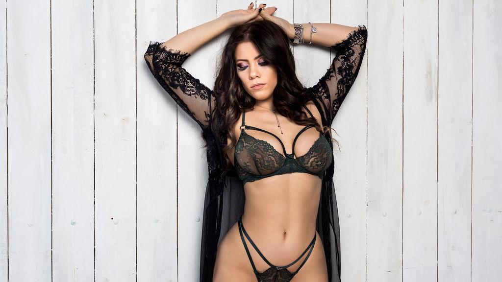 Show caliente de webcam de Ceelyne – Chicas en LiveJasmin