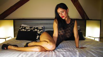 simoneprag's hot webcam show – Mature Woman on Jasmin