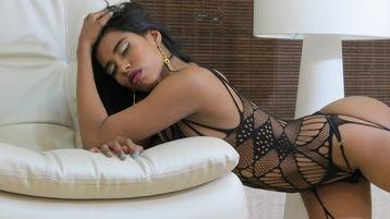 Show quente na webcam de BlackCinnamon – Meninas em Jasmin
