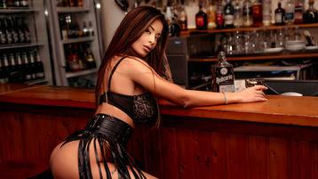 Show di sesso su webcam con ReynaGomez – Ragazze su Jasmin