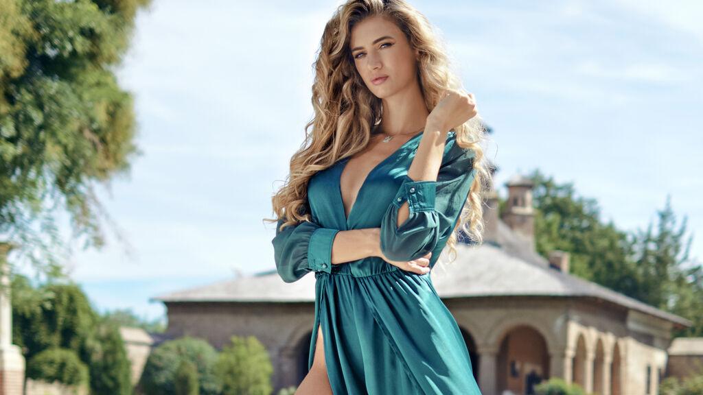 LilyReyes's hot webcam show – Girl on LiveJasmin