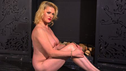 AmazingSquirtXX's profile picture – Mature Woman on LiveJasmin