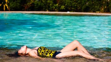 prettiestAbby:n kuuma kamera-show – Nainen sivulla Jasmin